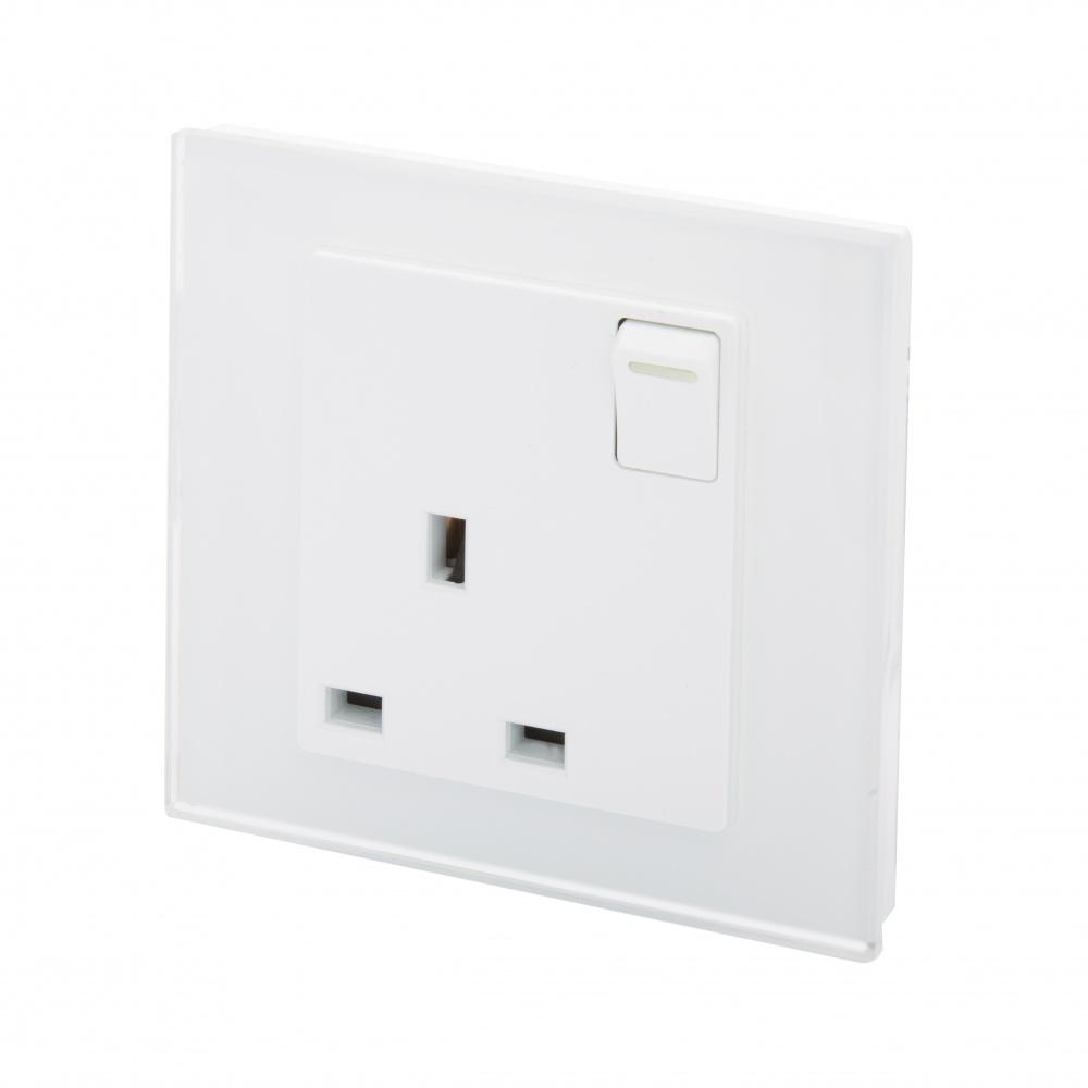 crystal pg 13a single plug socket with switch white. Black Bedroom Furniture Sets. Home Design Ideas