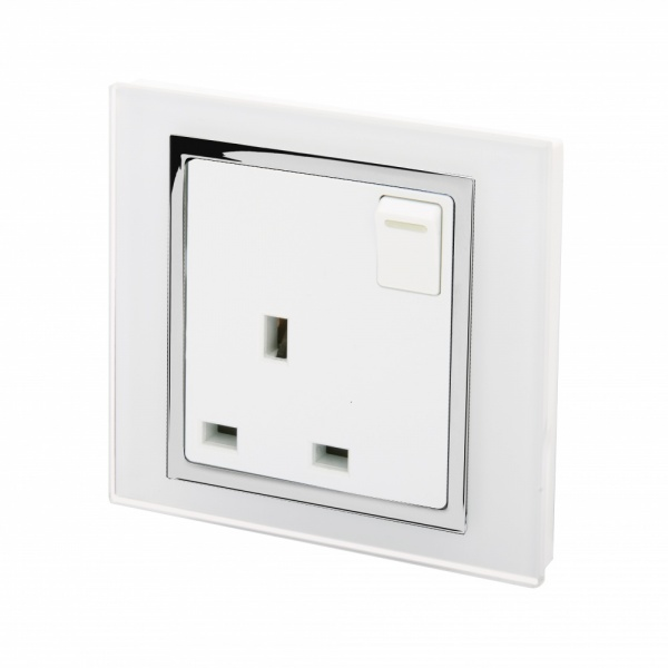 Crystal CT 13A Single Plug Socket with Switch White