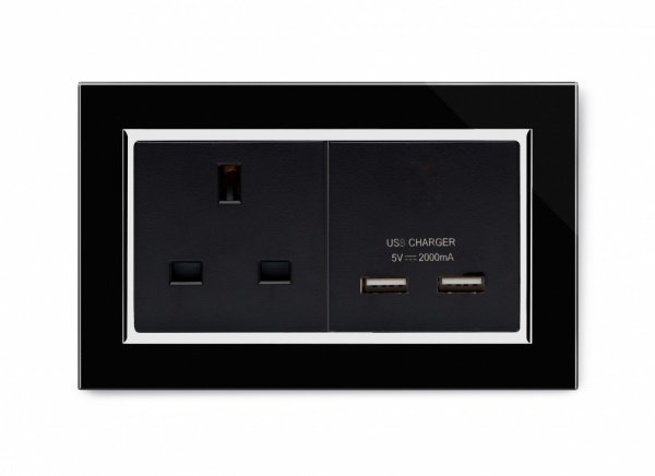 Crystal CT 13A 1G UK Socket & 2.1A Dual USB Black